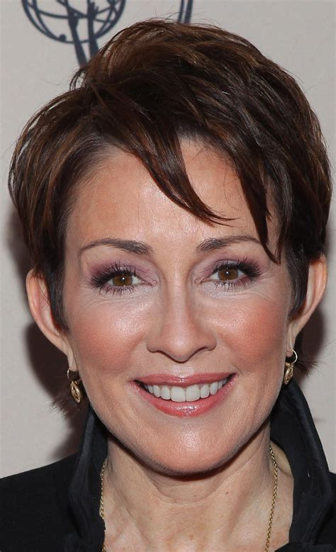 patricia heaton hairstyle on the middle more pics of patricia heaton layered razor cut 3 of 15