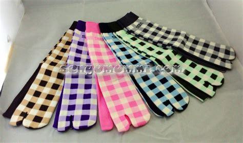 Kaos Kaki Sekolah Stairway Premium 1 senyumummi grosir kaos kaki grosir kaos tangan kaos