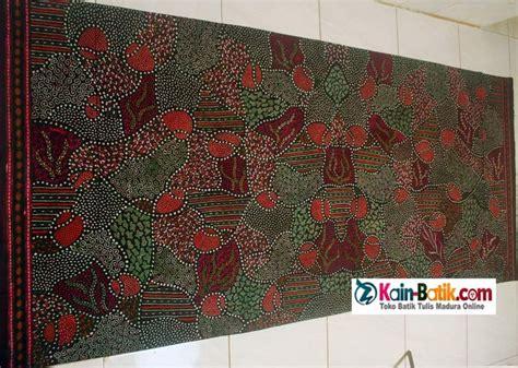 Batik Tulis Pewarnaan Alam Batik Traditional Indonesia 1000 images about traditional batik cultural