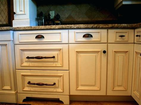 rustic hardware for kitchen cabinets cabinet pulls rustic kitchen kitchen knobs and pulls