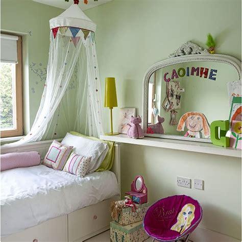 apple green bedroom apple green s bedroom children s room decorating