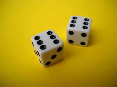 Or Dice 11 Easiest Dice For Families And Seniors Insider Monkey