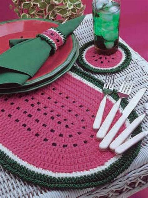 Crochet Table Mats - stylish and cool crochet placemats for your table