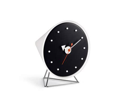 Desk Clocks By Vitra Desk Clock Product Office Desk Clock