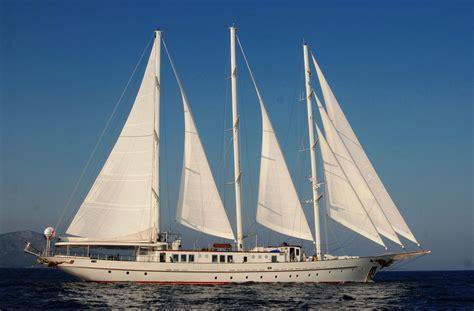 lake norman sailboat rental pin luxury yacht charters lake norman cake on pinterest