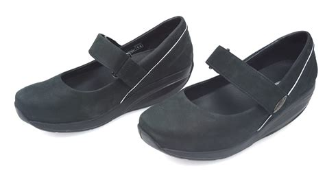 A Zip Code For Shoes by Mbt Flats Shoes Black Code Kesho Mj