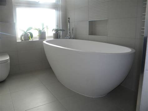 deep whirlpool bathtubs 14 best bathroom images on pinterest