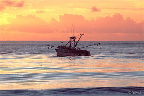 deadliest catch seabrooke sinks seabrooke crab boat sinks newhairstylesformen2014 com