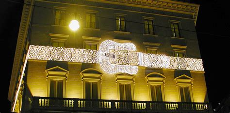 Fendis 2008 Advertising Caign by Clay Paky Clay Paky Lights The Palazzo Fendi In The