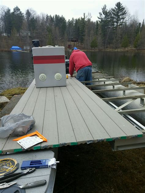 pontoon boat sw buggy composite decking on pontoon the hull truth