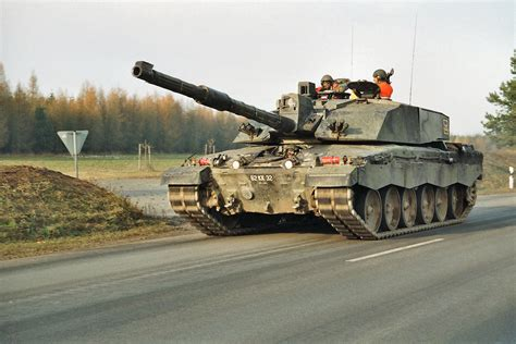 challenger tank 2 challenger 2 photos page 1