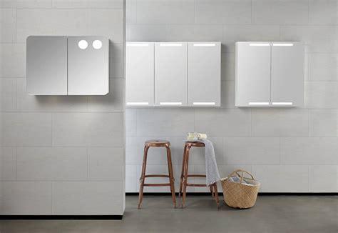 beleuchtung oben spiegelschrank mit beleuchtung oben und unten 60 120cm