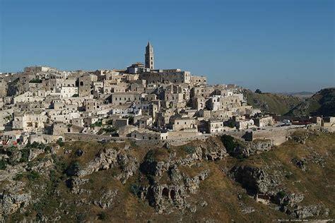 a matera matera kota mengagumkan di selatan italia petualangunik