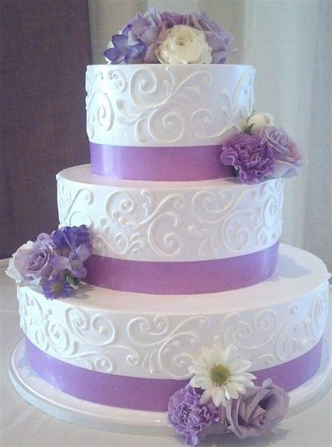 Wedding Cake Lavender by White And Lavender Wedding Cake 1774 Wedding Cake