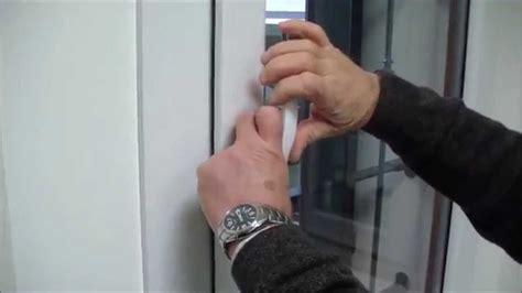 porta bloccata finestra vasistas maniglia bloccata semplice e comfort