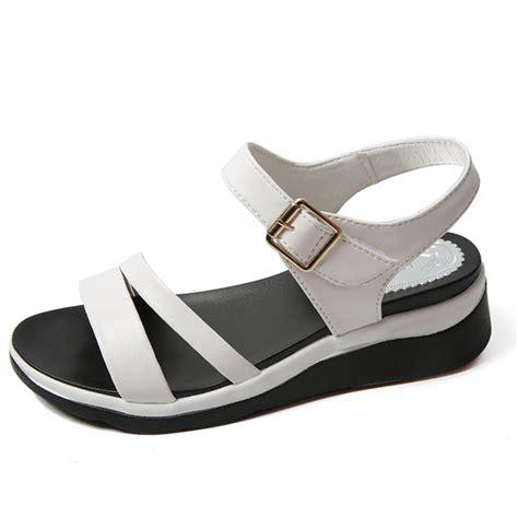 Sandal Teplek Gladiator Putih kulit sandal datar untuk wanita beli murah kulit sandal datar untuk wanita lots from china kulit