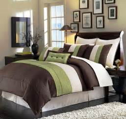 Master Bedroom Bedding Ideas green bedding and bedroom decor ideas master bedroom bedding ideas jpg
