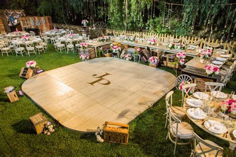 Backyard Wedding Floor by 25 Best Ideas About Floors On Backyard