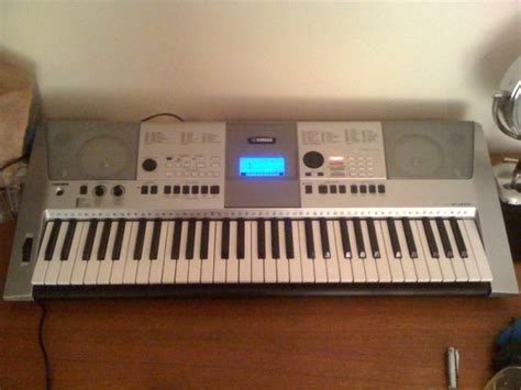 Keyboard Yamaha E413 yamaha psr e413 keyboard with stand for sale in limerick