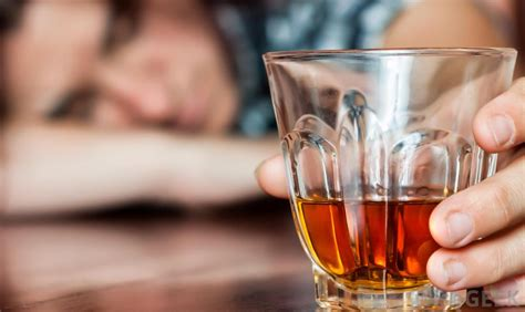 alcoholism mood swings what is the connection between alcohol and mood swings