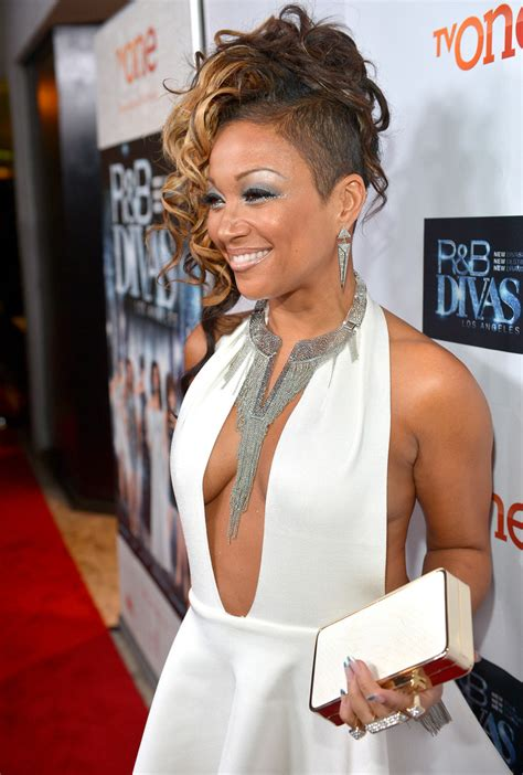 Chante Moore Hair Styles On R B Diva | chante moore in r b divas premieres in west hollywood
