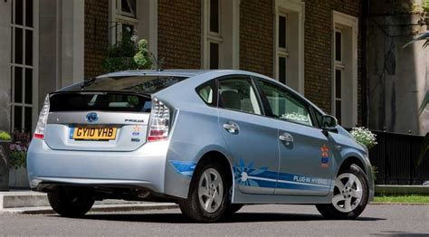 electric and cars manual 2011 toyota prius auto manual toyota prius plug in hybrid 2011 review car magazine