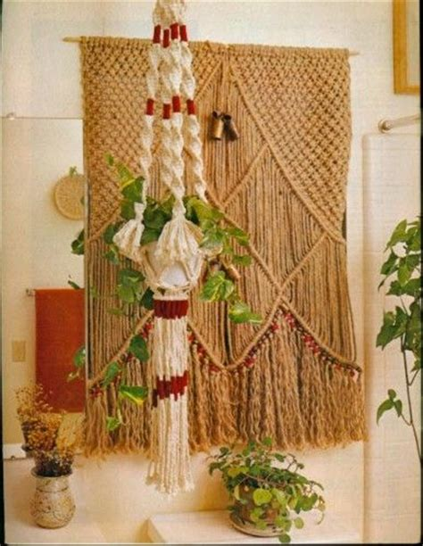 Macrame Projects For Beginners - free macrame patterns for beginners and experienced