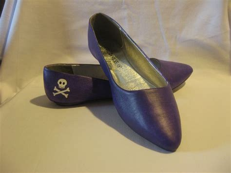 1000 images about leather studio ideas on - Painting Faux Leather Shoes