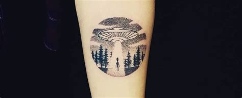 old school ufo tattoo 40 extraordinary ufo tattoo designs for alien enthusiasts