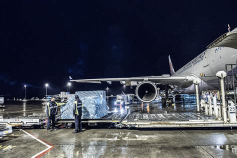 air freight services worldwide