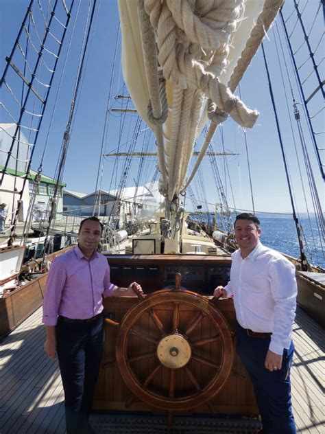 How To Get Your Mba Ecu by Eglinton To Tackle Career Challenge Voyage Aboard Sts