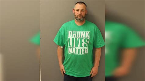 Kaos Oceanseven T Shirt Says 44 repeat offender wearing lives matter t shirt charged with dui wjar