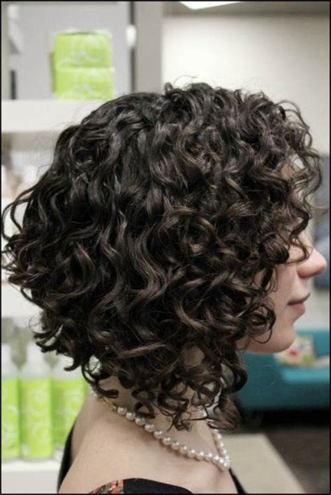 adding curl to an angle bob best 25 curly bob hairstyles ideas on pinterest