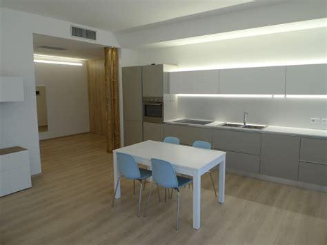 pavimenti per appartamenti pavimento in laminato per appartamento residenziale cozzarin