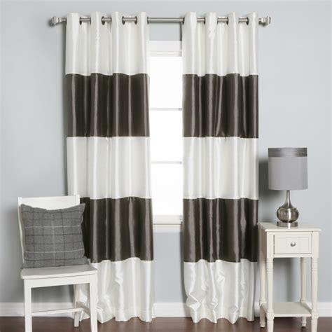 Charmant Beau Rideaux Pour Salon #3: rideaux-occultants-a-rayures-blanc-gris-rideaux-en-satin-pour-le-couloir.jpg