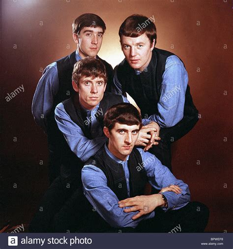 swinging blue jeans the swinging blue jeans pop group 1964 stock photo