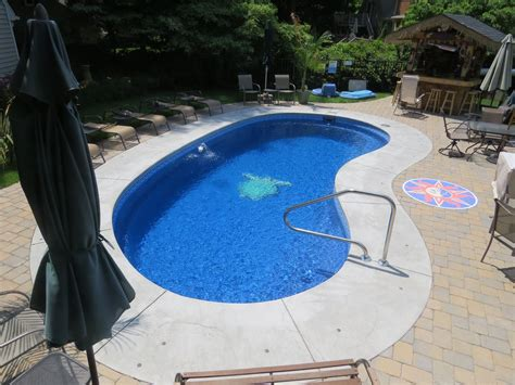 kidney pool fiberglass pool installed by river pools and spa
