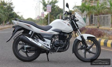 Suzuki Bikes Gs150r Suzuki Gs150r Not Available In Pakistan But Guys