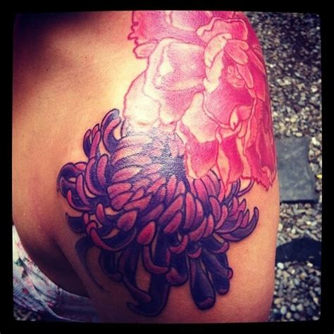 november birth flower tattoo chrysanthemum tattoos november flower tattoo me happy pinterest