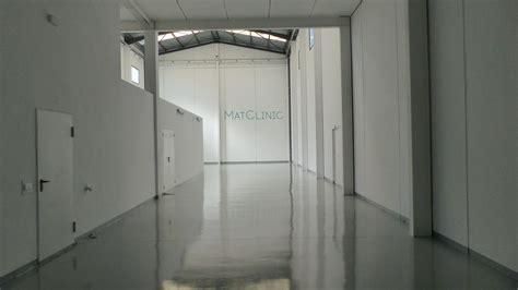 material oficinas empresa de proyectos de actividad en naves industriales en