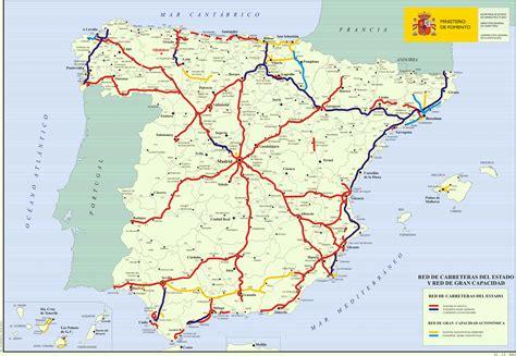 atlas de espana y mapa de carreteras de espa 241 a del 2001 mapas de carreteras atlas del mundo