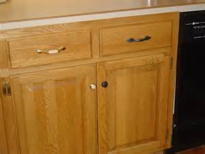 New Hardware For Kitchen Cabinets 64 Best Images About Kitchen For On Oak
