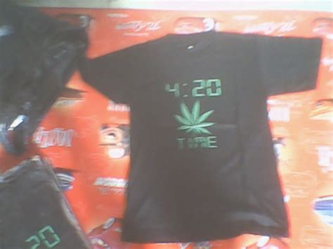 Kaos 4 20 A kaos 4 20 reggae banget
