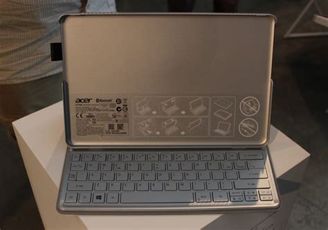 Keyboard Acer Aspire P3 on with acer s aspire r7 the strangest convertible