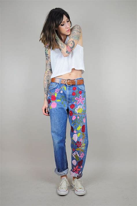 Meow Baggy Ripped embroidered vtg 70 s floral levi s boyfriend faded worn in oversized orange tab baggy boho