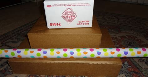 cupcake box ideas the busy broad diy cheap and easy cupcake stand