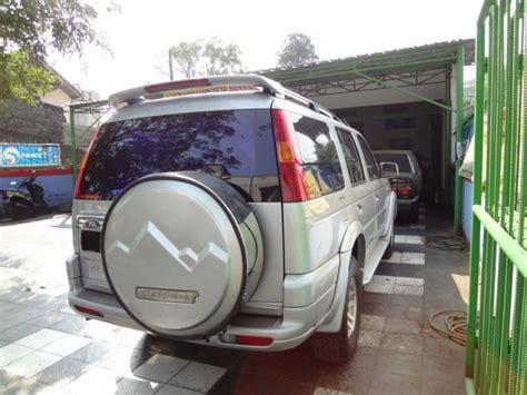 Paket Hemat Cover Mobil Mitsubishi Pajero Cover Motor dijual ford everest xlt 2 5 turbo diesel at 2004 istimewa