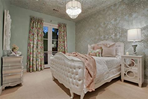 elegant teenage bedroom ideas sassy and sophisticated teen and tween bedroom ideas