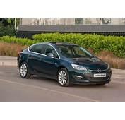 G&252ncelleme Opel Astra Sedan ın Yeni Fotoğraflarına Ulaşmak