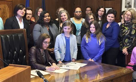 Nation Birth Records Oregon Governor Signs Transgender Equity Bill Into The Seattle Times
